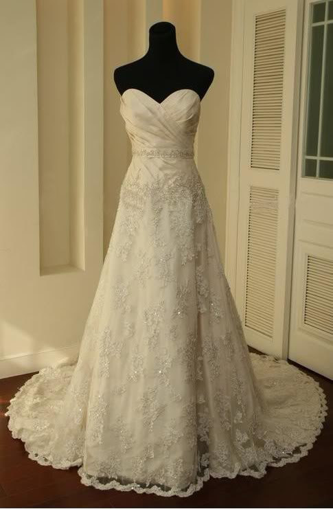 Vintage lace wedding dress a line bridal gown wedding for Ivory lace wedding dresses vintage